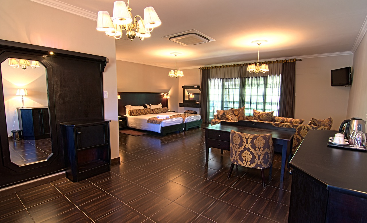 O And L Midgard Country Estate Luxury Room 1 1280